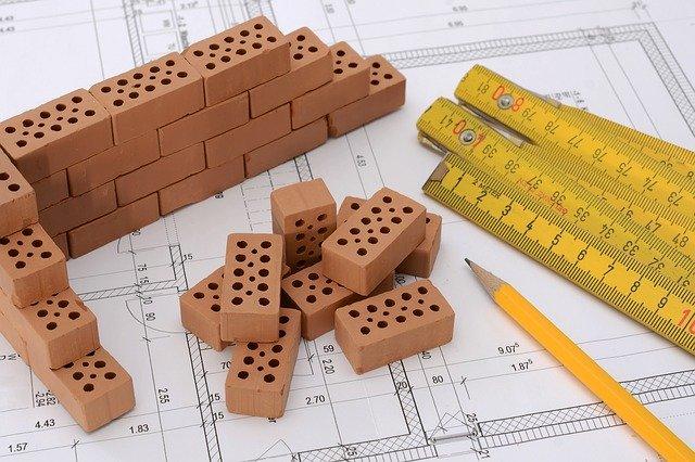 'edilizia, Manufatti in cemento, malte speciali da ripristino, rasanti, collanti, adesivi per cappotto.
